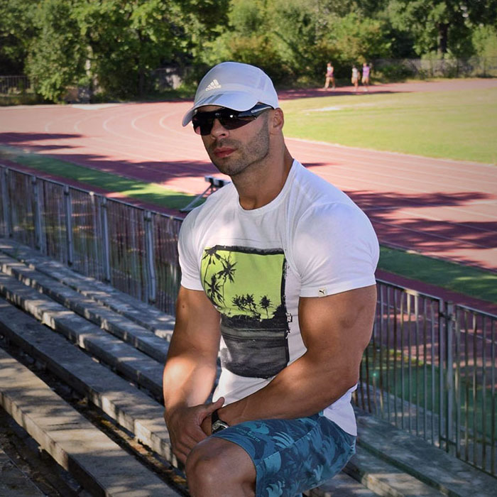 Nikolai Petrov - owner and manager at Healthy Kitchen Fit Panther