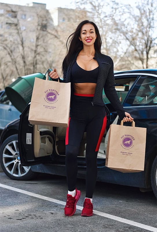 satisfied customer Netty with two menus from Fit Panther