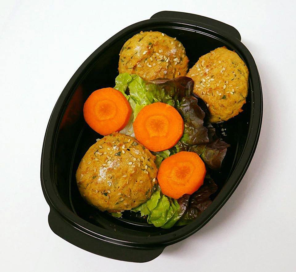 Вегетарианска порция от нахутени кюфтенца