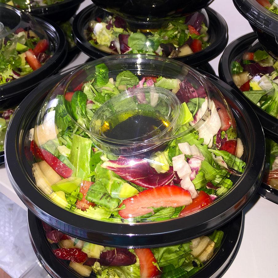Екзотична цветна салата от кухня Fit Panther®