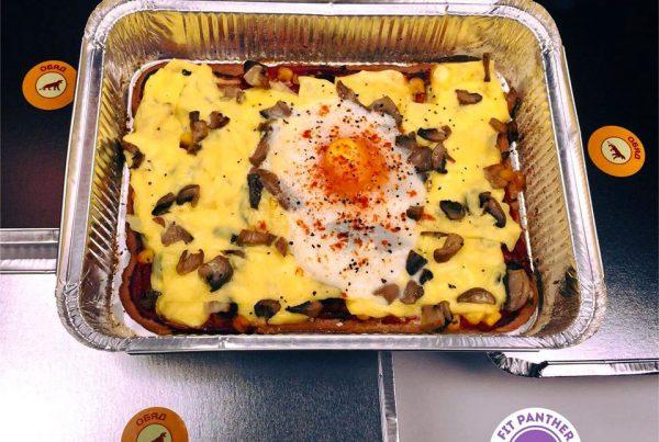Вегетарианска пица от овесено брашно с БИО доматена салца