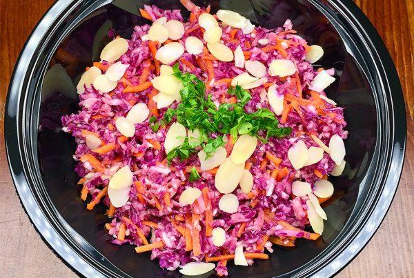 Диетична салата от бяло зеле от кухня Fit Panther®