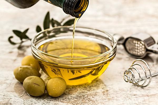 зехтин в купичка и маслини