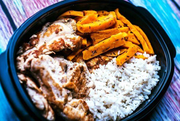 Прясно пуешко месо със сладък картоф и бял бaсмати ориз