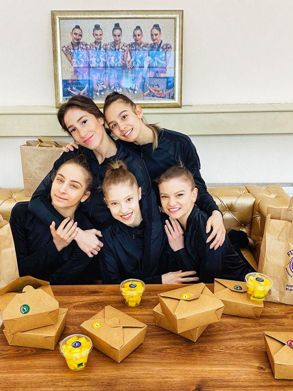 Българският отбор по художествена гимнастика